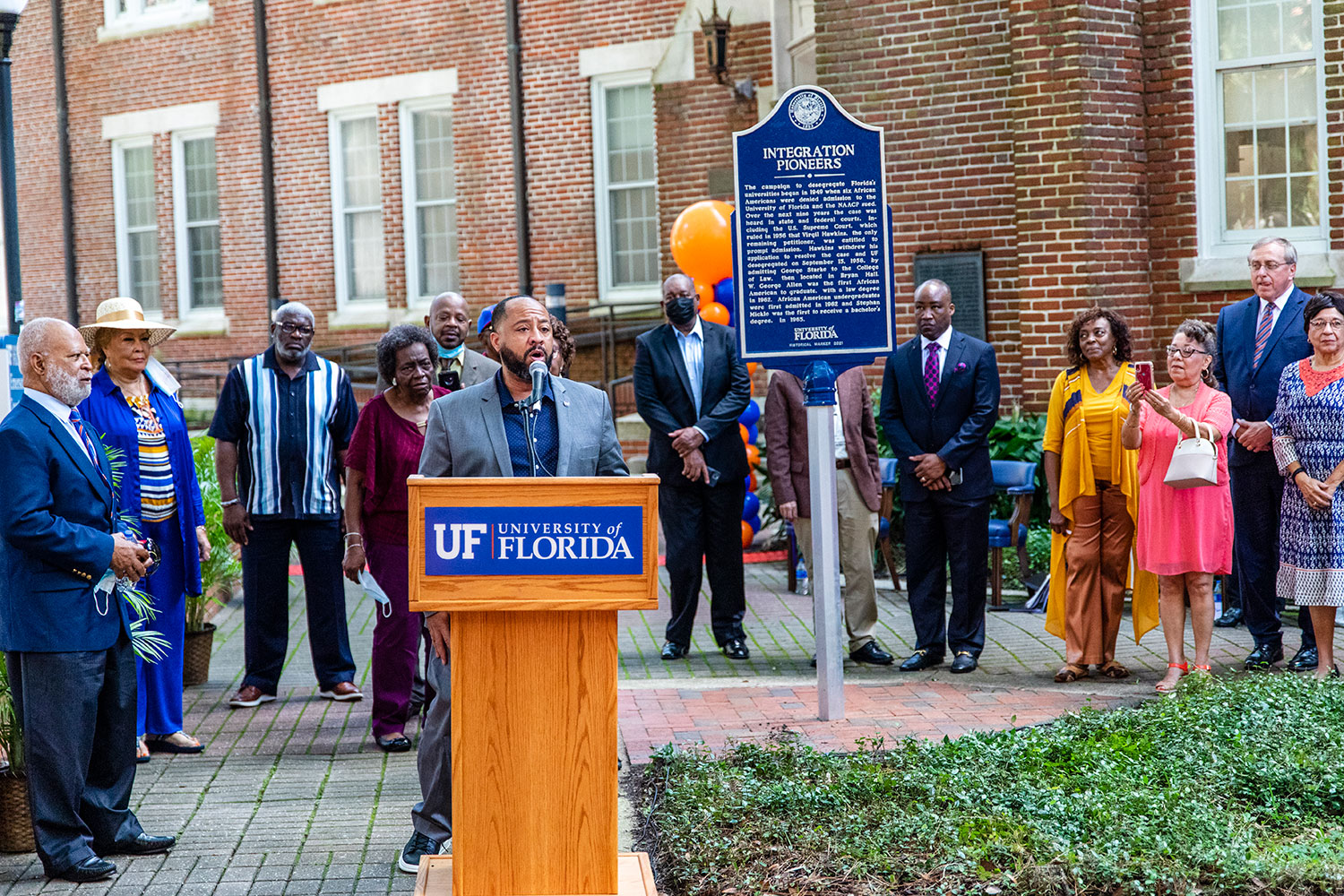 Picture of ceremony introducing new Integration Pioneers marker at UF